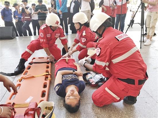 """云南省举办""""世界红十字日""""主题宣传活动"""