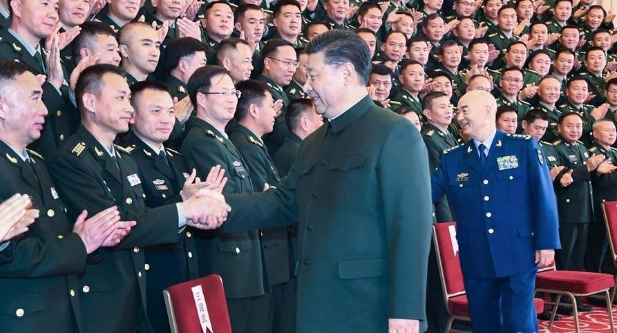习近平春节前夕视察看望驻云南部队