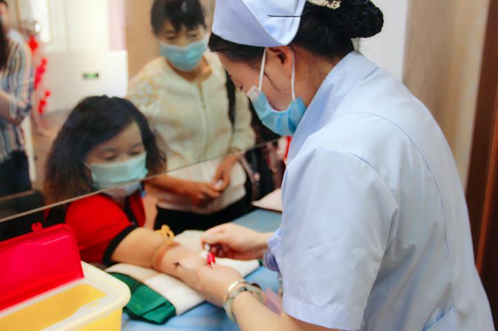 暖!安宁300余困难女职工免费接受健康体检