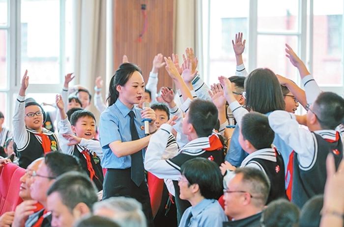 云南省人民检察院发布未成年人综合保护法律监督典型案例